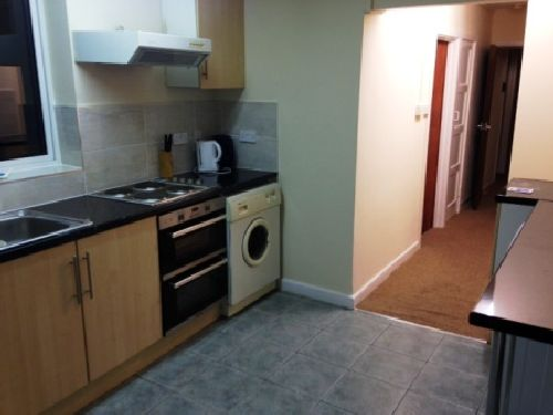 5 Bedrooms House Share for rent in Quinton Road, Harborne, West Midlands, B17 0PY