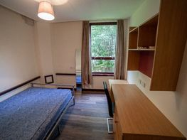 Flat 1 Fitzhardinge House, City Centre - Image 3