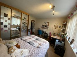 Flat 26 -b16 - Niall Cls, Harborne - Image 5