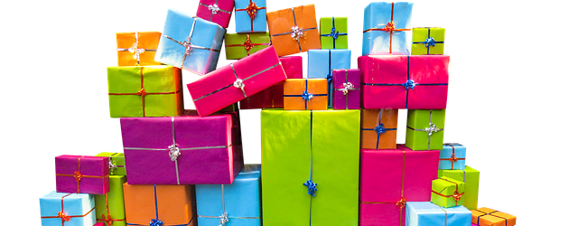 How to buy great gifts on a student budget