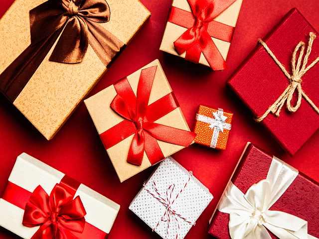Ideal Secret Santa presents for £10 or less